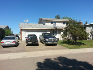 HOUSE FOR RENT in THICKWOOD, FORT MCMURRAY