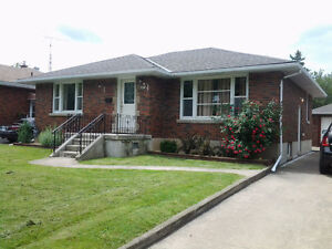 Brock University Whole House with 5 bedrooms for rent