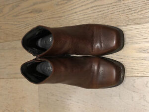 Camper boots, size 7