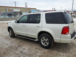 2003 Ford Explorer leather 4x4