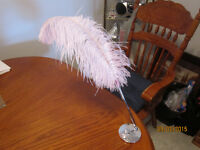 Wedding Feather Pen & Base For Sale $10