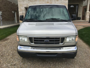 2003 Ford E350 XL Super Duty Van For Sale !!!