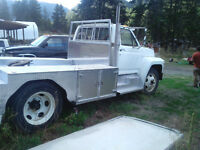 1981 Ford F-800 Other