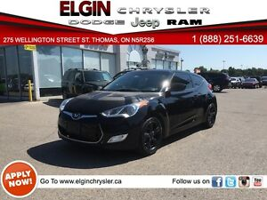 2013 Hyundai Veloster Base***B-up Cam, 1.6L, Manual***