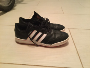 Youth adidas golf shoes