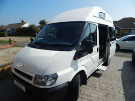 Ford Leisuredrive 2.0L Diesel 2 to 4 Berth, Short and Compact, 4 Seatbelts