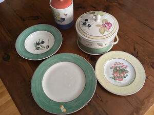 Wedgewood Sarah's Garden dishes