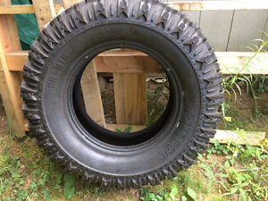 295/70R17 LT SS M16 one tire $150 brand new sick tire wowow