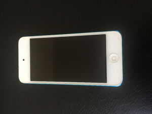 Unboxed Brand New iPod Touch 5th Generation + New Durable Case