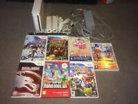 Nintendo Wii with 7 games and nunchucks