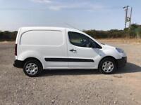 Peugeot Partner 850 Se 1.6 E-Hdi 92 Van Egc DIESEL AUTOMATIC WHITE (2014)