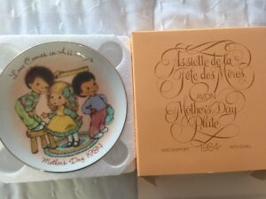 Avon Collectable plates new condition