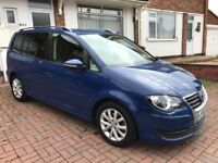 Facelift 2010 SEATER VW TOURAN 1.9TDI BLUEMOTION TECH MATCH TOP OF THE RANGE MODEL WITH SATNAV FULL