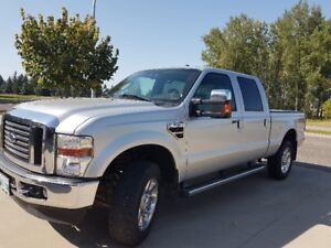 2010 Ford F-350 Lariet Pickup Truck Mint