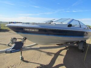 1989 17ft Bayliner 140hp motor and Trailer