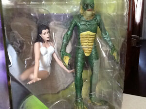 UNIVERSAL STUDIOS MONSTERS - CREATURE FROM BLACK LAGOON London Ontario image 2