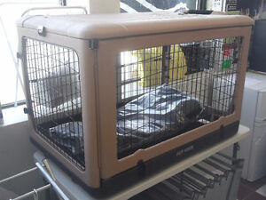 NEW PET GEAR DELUXE PORTABLE PET CRATE / 90 LBS / REG $424
