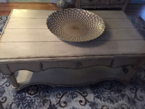 Vintage style coffee tables. Excellent condition