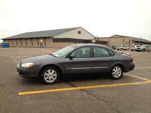 REDUCED!!! 2003 Ford Taurus