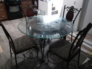 Rod Iron Table and 4 chairs heavy great quality