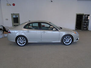 2008 SAAB 9-3 AERO XWD TURBO! LEATHER! 128,000KMS! ONLY $10,900!
