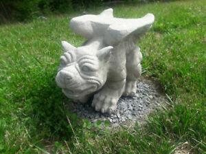 Gargoyle statue concrete new can be used as planter holder