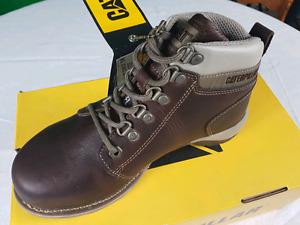 CAT WOMEN'S SAFETY BOOTS - NEW IN BOX