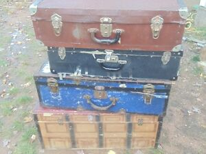 trunk,Suit cases