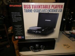 Turntable USB Player in case.