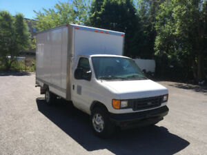 2003 Ford cube 12 pieds   (sans inspection, class 5)