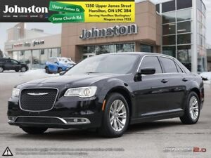 2015 Chrysler 300 Touring  Luxury Redefined-Low KM-Heated seats