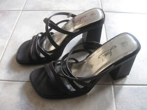 PAIR FIONI STRAPPED OPEN-TOED HIGH-HEELED SHOES...[8.5 SIZE]
