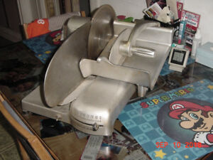 HOBART MODEL L 410 MEAT SLICER - WORKING!!