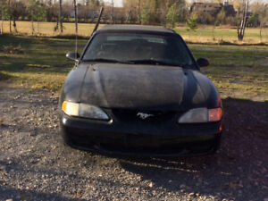 1995 Ford Mustang Convertible good little unit