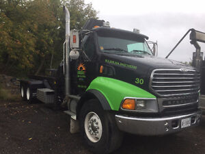 ROLL OFF/BOOM TRUCK FOR SALE
