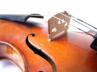 Luthier fabricant de violons, vente et réparation