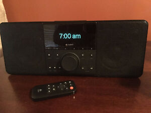 Logitech Squeezebox Boom All-in-One Network Music Player / Wi-Fi