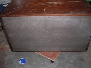 CONN ORGAN MODEL 255  TONE CABNET CELESTON SPEAKERS