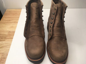 """Chippewa Men's 6"""" Rugged Handcrafted Lace-Up Boot 8D"""