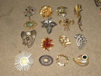 vintage/antique brooches $5 each