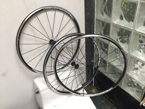 SHIMANO R500 FRONT WHEELS - BRAND NEW - BLACK - (3 AVAILABLE)