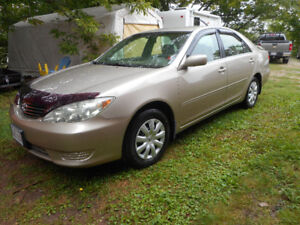 2005 Toyota Camry  (SOLD PENDING PICK-UP)