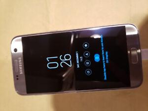 Samsung S7 (32GB) - Unlocked & Excellent Condition