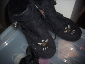 Moccasins size 8 and Leather Hip Sac