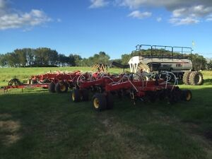 Bourgault 3320xtc and 6700st