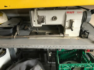 PFAFF 1245R- Walking Foot industrial sewing machine
