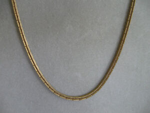 GORGEOUS LONG ELEGANT VINTAGE GOLDTONE LONG-LINK CHAIN NECKLACE