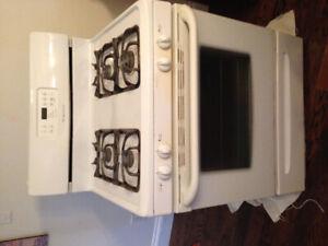 Frigidaire Gas Range -oven/stove