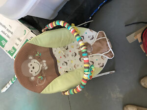 Baby chair thing
