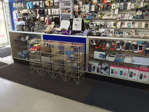 Display Showcases and Shelves